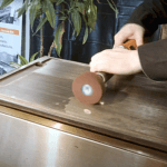 How to clean a professional cast iron plate